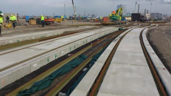 APM Terminal, Maasvlakte 2 Rotterdam - Gleistragplatten